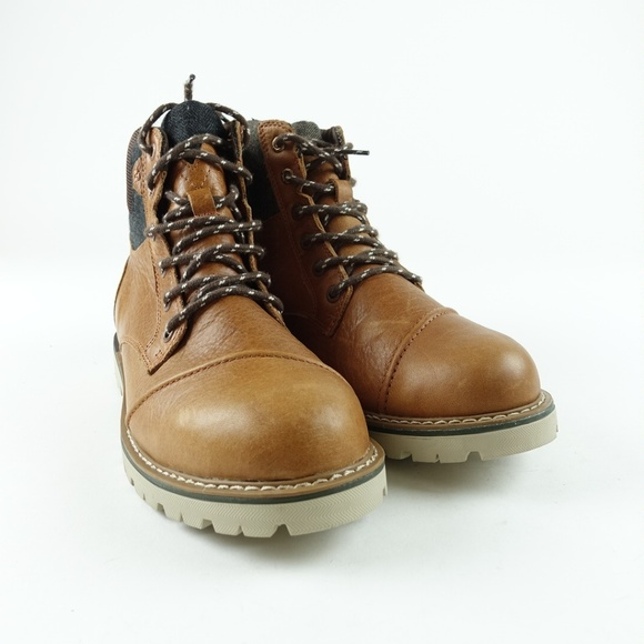 bc959a99695 TOMS Men Waterproof Leather Ashland Boots R12S5